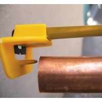 "Tape Ease Pipe Grip Te-11 For Plumbing/Gas Fitters - New Invention To Suit 5M Or 8M 1"" Tape Measure"
